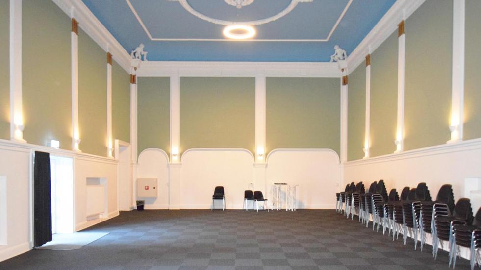 ALPHA TYST - akustik og støjdæmpning i konferencesal