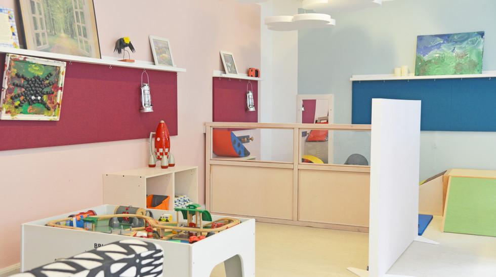 Alpha TYST og akustiske skærmvægge i børnehave