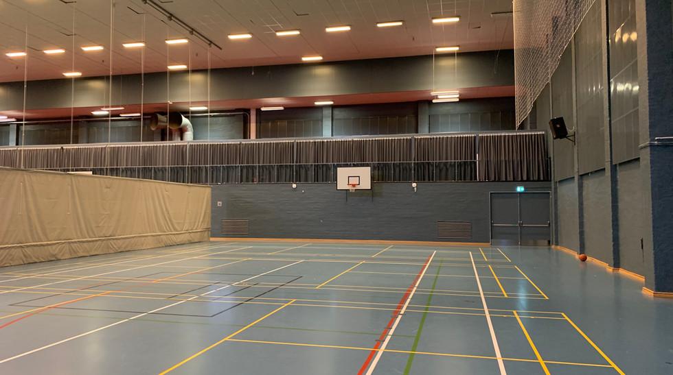 Alpha Robust på vægge i Hollænder Hallen