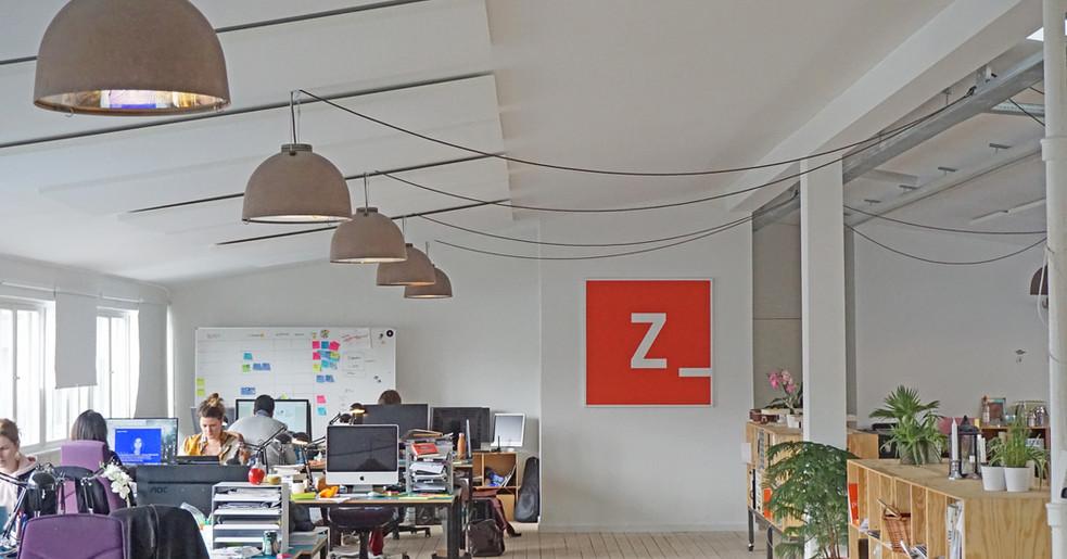 Alpha SOLO - Akustikløsning til loftet på kontor