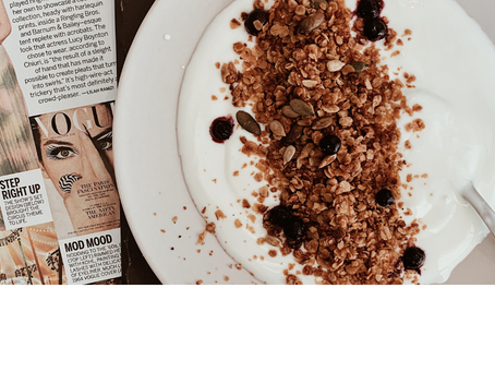 The Easiest Recipe for a Healthy & Crispy Granola