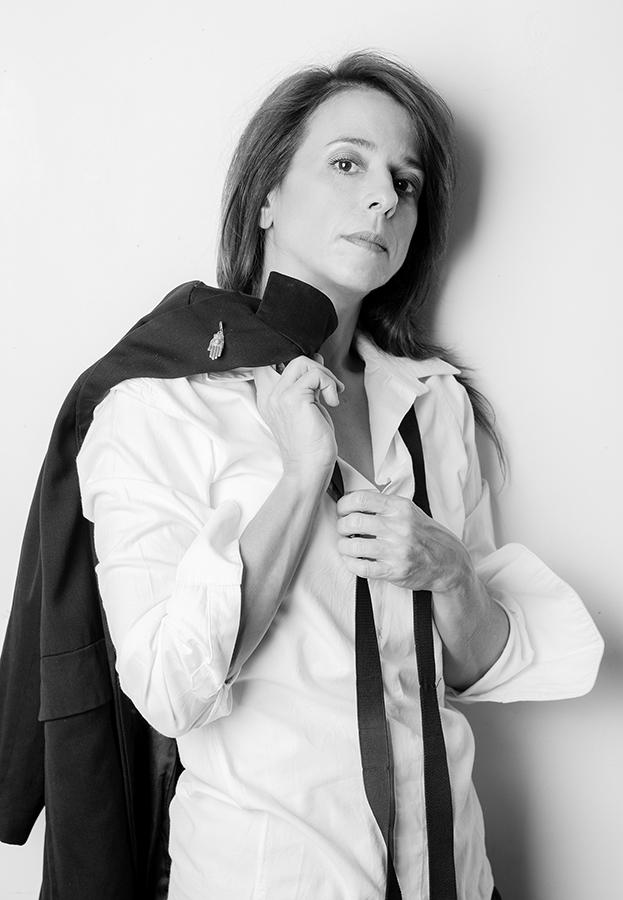 פורטרט עסקי לבוק שחקנית|סטודיו כותרת - צילום תדמית לעסקים