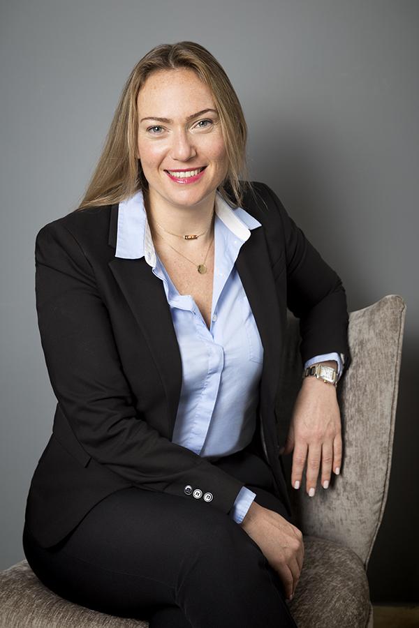 צילום תדמית לעורכי דין - חיות גרינברג|סטודיו כותרת - צילום תדמית לעסקים