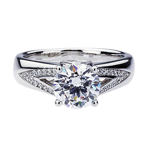 Platinum Plated 925 Sterling Silver Diamond Simulant CZ Solitaire Classic V Ring
