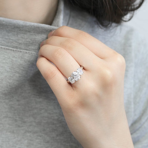 Classic Oval Design Diamond Simulant 3Stone Platinum Plated Sterling Silver Ring