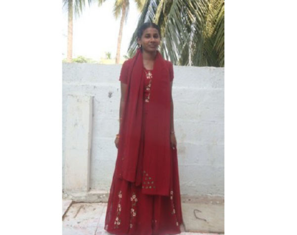 Pavani Receives A Scholarship To Help With Medical Training