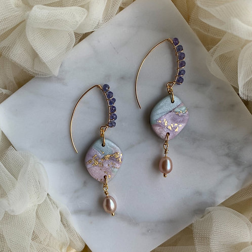 Tanzanite Beauty With Marbled Pastel and blush Pearl