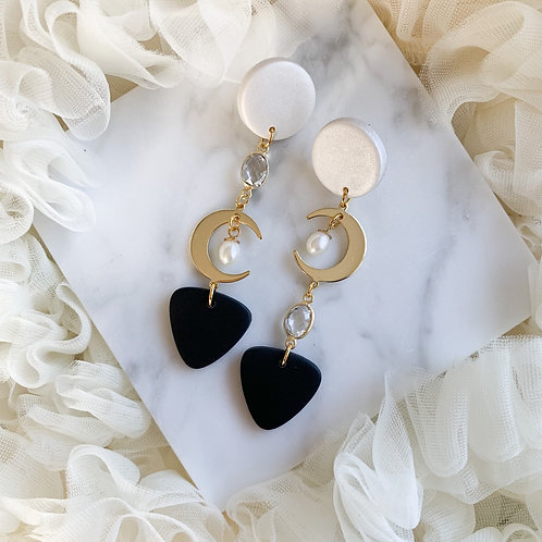 Monochrome Moonlight with Chrystal Quartz and Pearls