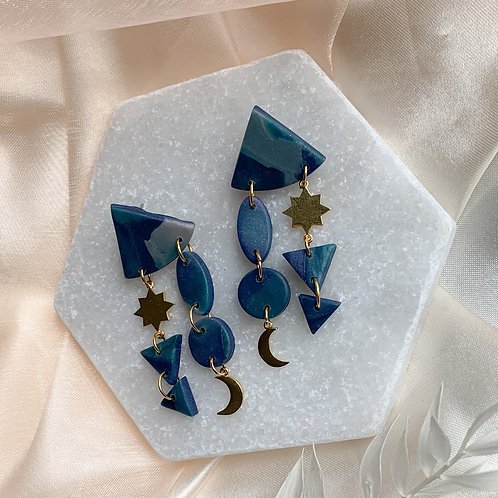 Geo Falling Star in midnight blue / goldplated