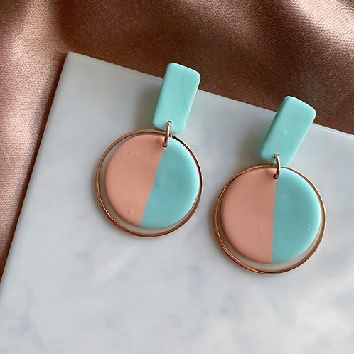 ColorBlocking Evita with Rosegold Colored Hoops