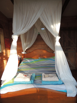 Towels and bed linen supplied