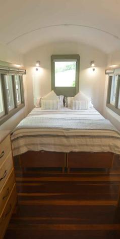 Jerrapark-Bedroom-Gris5.jpg