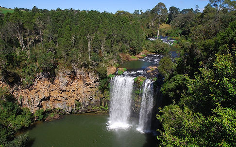 Another Park to discover on your way to the coast is the Nightcap NP and the Minyon Falls.