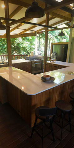 Jerrapark Hideaway offers modern appliances during your stay and special event