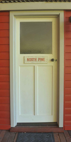 Jerrapark's North Pine Station Couchette Carriage for 2 nights