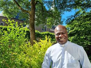 Père Jean-Djosir (beau temps).jpg