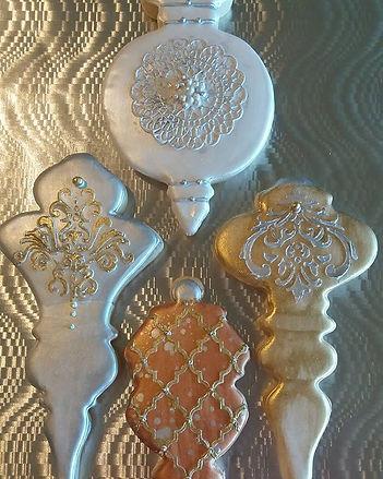 Glaze icing on vanilla cookies_Www.toopr