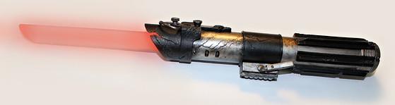 Darth Vaders damaged light saber - Prop