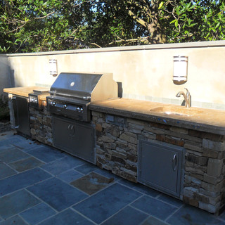 Outdoor Kitchen Counter.JPG