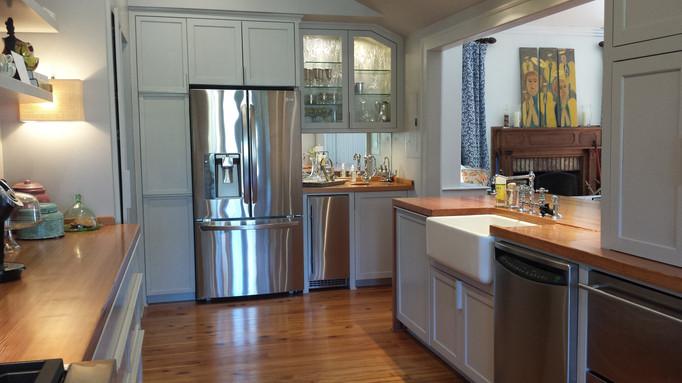 Kitchen Larger Angle.jpg