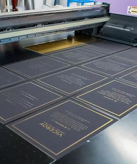 large-format-uv-printing-process.webp