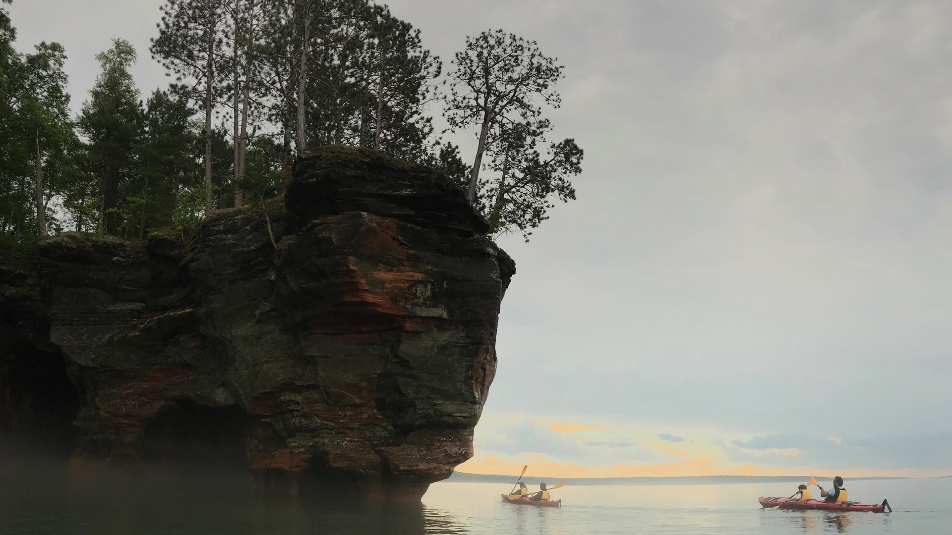 Apostle-Islands-Sea-Caves.jpg