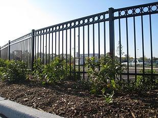 Barrow, Fence, Cedartown, Georgia, commercial, residential, farm, security, chainlink, ornamental, brick, decks, patio, steel, wood, barb wire, gates,aluminum
