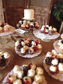 Pirkles Deli Cake Specialist, Dessert Table