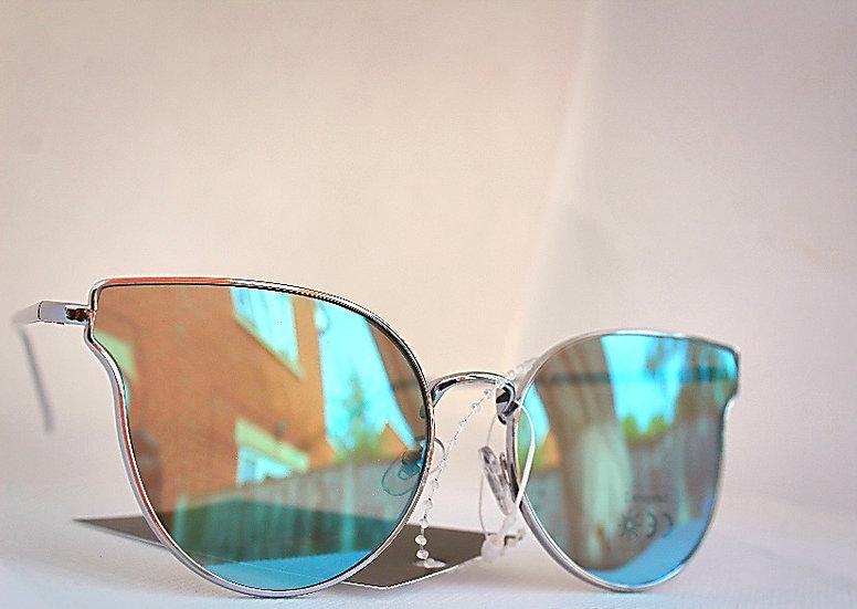 Violet sunglasses UV protection