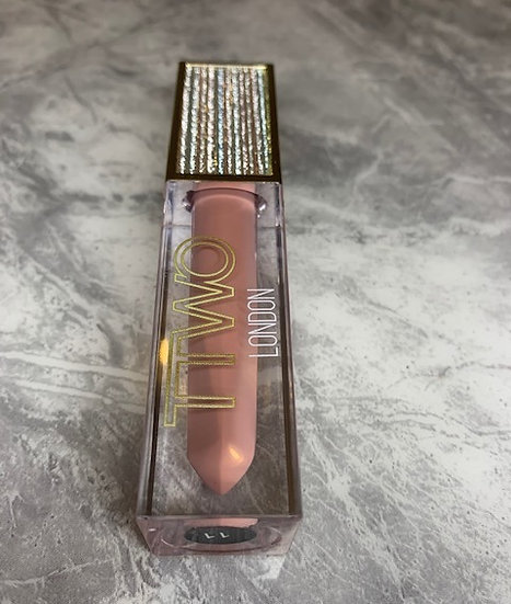 Privy diva, nude glossy, high pigmented Lip gloss #11