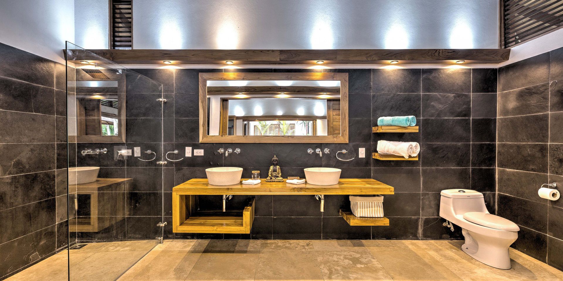 Nirvana bathroom