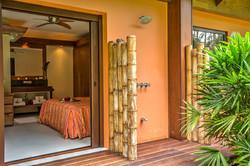 12. habitacion terraza ducha exterior