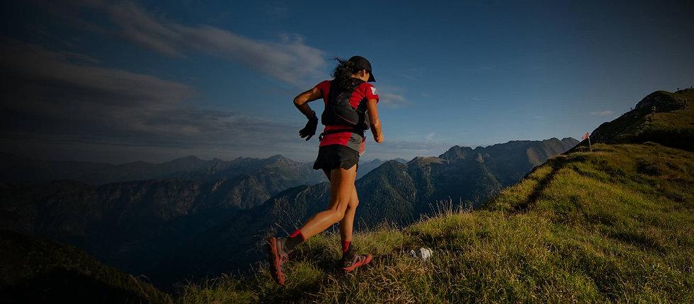 woman-runs-a-trail.jpg