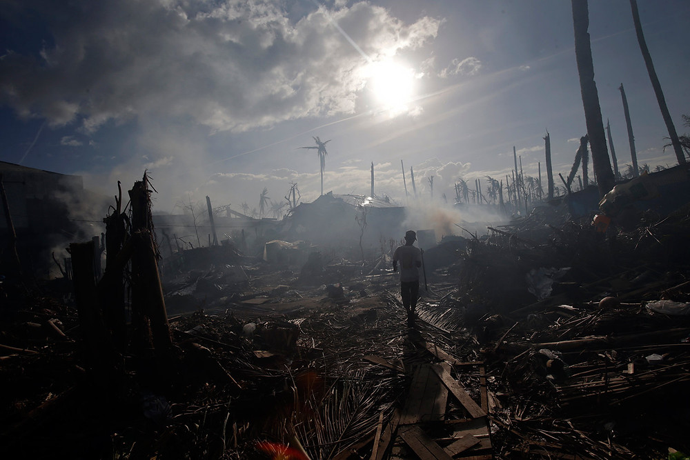 Tolosa in the Philippines after Typhoon Haiyan, John Javellana