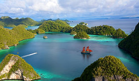 Live Aboard Dive Tourism in Raja Ampat | © Original Diving