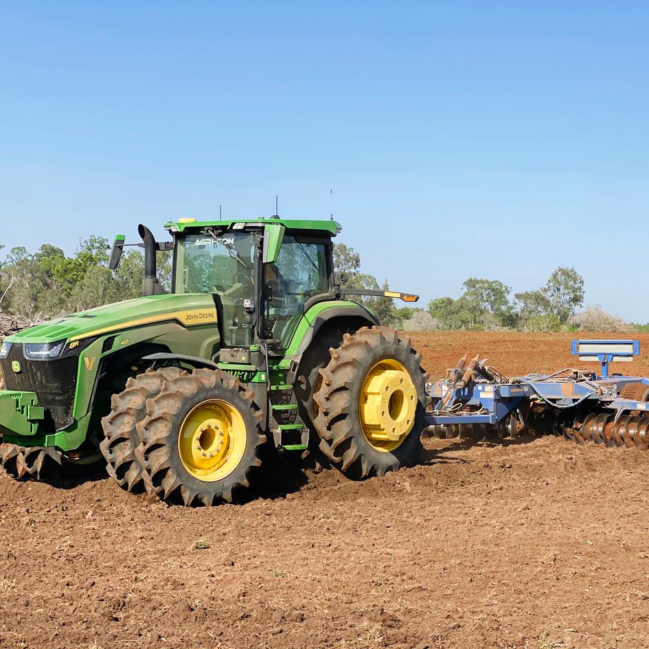 Agri-Con, farm contracting, farm investments, tractor work, bundaberg farm,macadamia farm