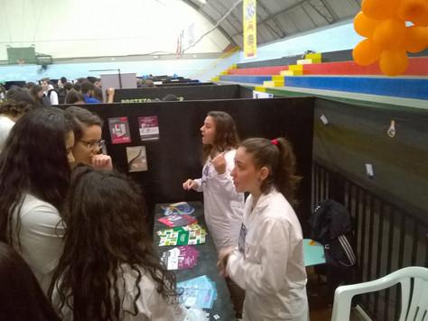 Biozenthi colabora com alunos da SATC na FECITEC
