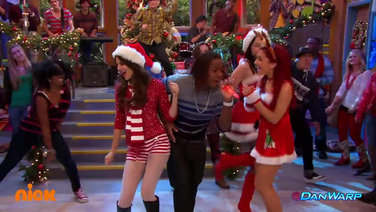 Victorious - It's not Christmas without