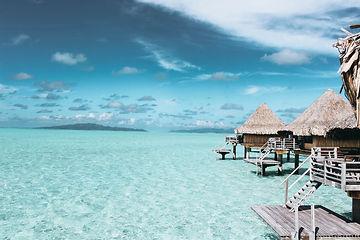 balconies-beach-blue-water-1167021.jpg