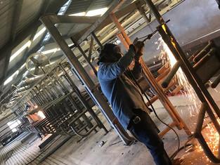 welding stall.jpg