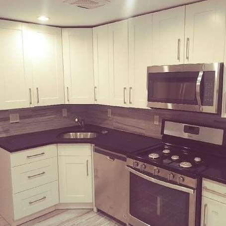 Kitchen remodeling design by Amaco home