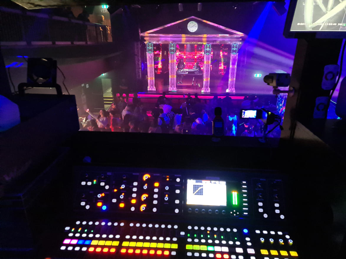 FROM $1000 PROJECTION MAPPING