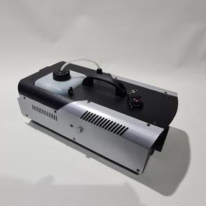 $45 1500 WATT Smoke machine with fluid.