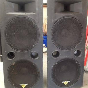 $100 Celestion twin 15inch with amp and AUX lead