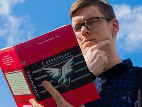 Sssst, mijn redacteur leest Condor ;-)