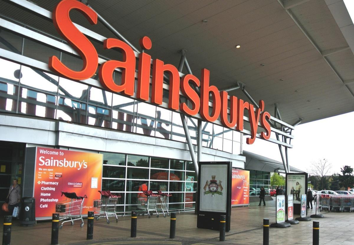 SAINSBURY'S WILLEN LAKE