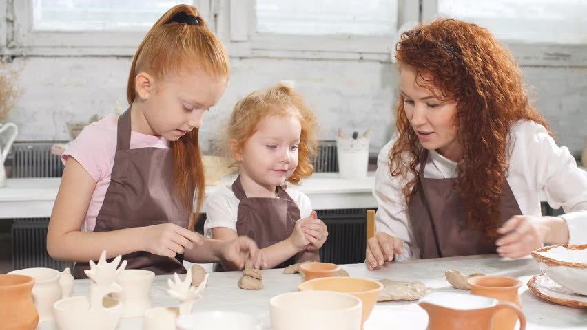 Урок керамики  для семьи и для друзей