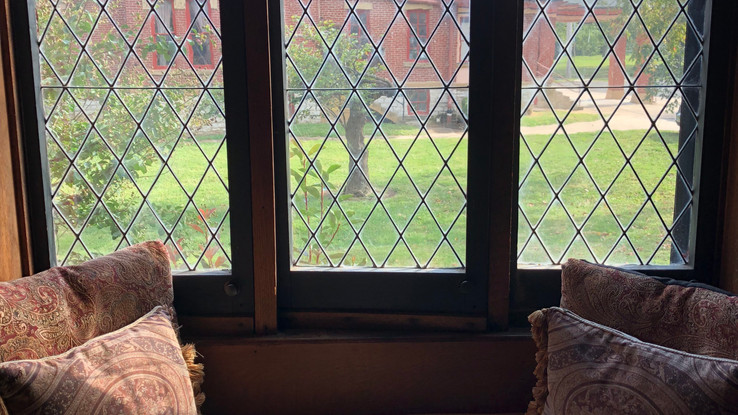 Window seat in North Mansion