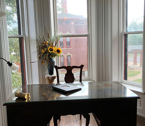 Writing desk in Executive Suite
