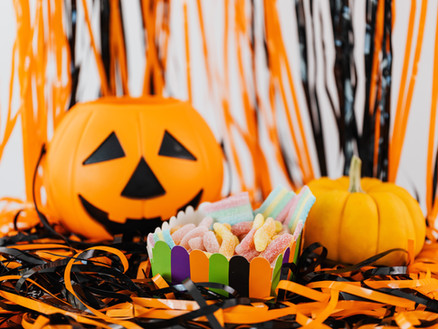 How to Keep Teeth Healthy On Halloween